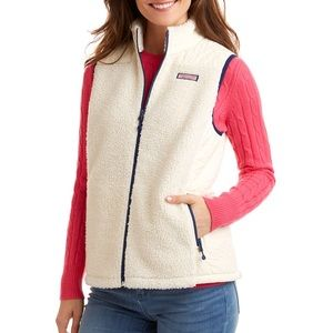 Vineyard Vines quilted sherpa vest